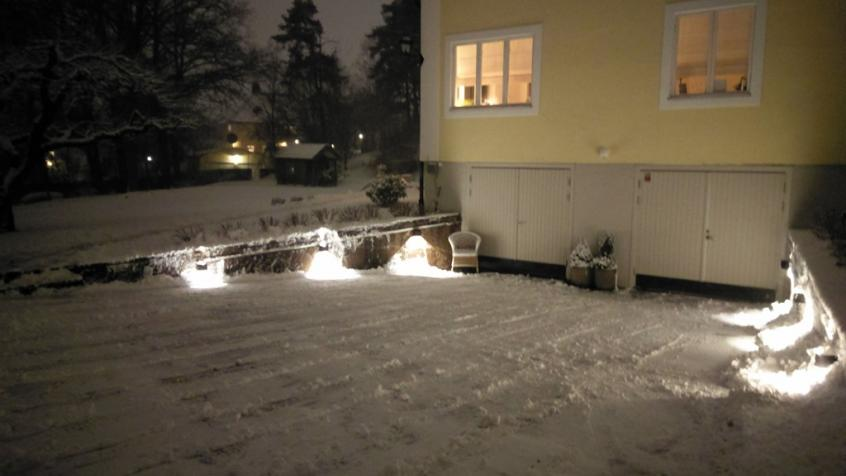 Snöröjning utförd och sandat och klart hos privatperson i Djursholm